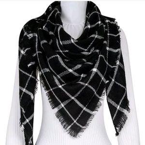 Accessories - Black/White Plaid Blanket Scarf